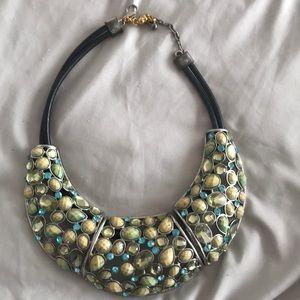 Jewelry - Statement piece